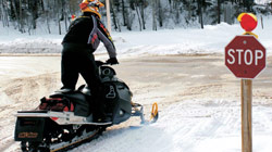 Dangers to Avoid when Snowmobiling